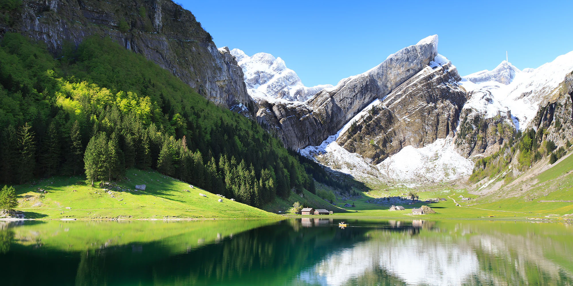 enjoy hiking in lake seealpsee